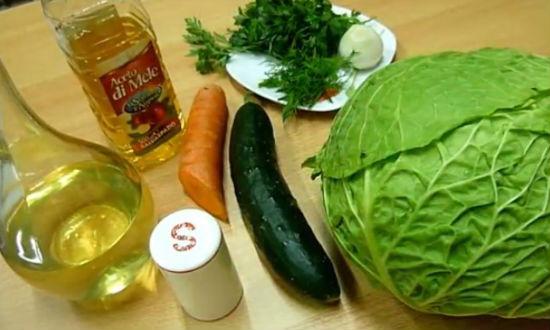 Режем капусту для салата